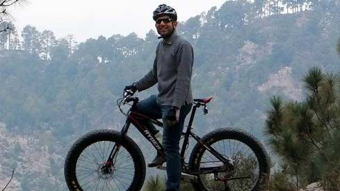 People think of a bicycle as a poor person's transport instead of a means of living healthy: Haroon General