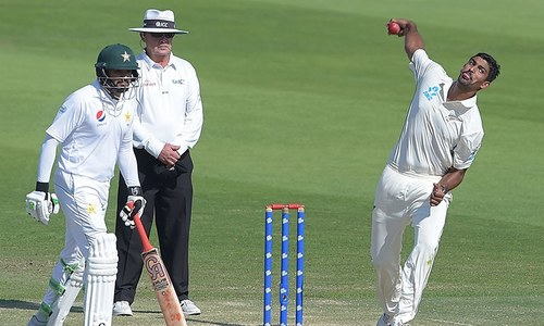 New Zealand expose Pakistan's old batting frailties, steal first Test by 4 runs