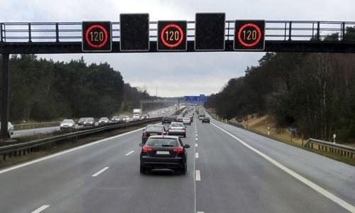جرمن نوجوان 49 منٹ میں ہی ڈرائیونگ لائسنس سے محروم