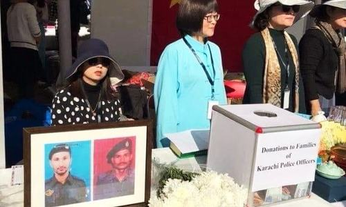 People in China collect donations for family of martyred Karachi policemen