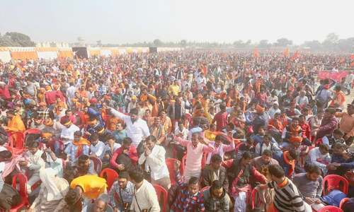 Tens of thousands rally for temple on Babri Mosque's site