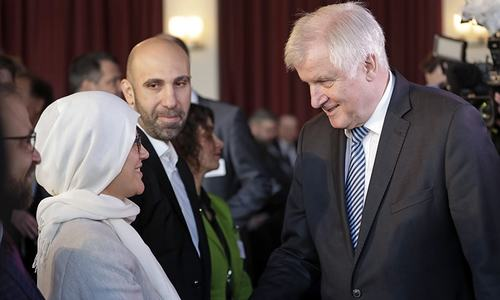 Germany seeks dialogue with country's 4.5 million Muslims