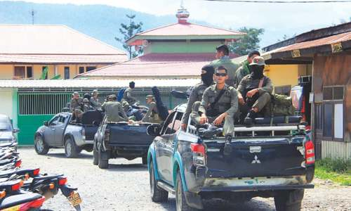 Soldier killed as Indonesia probes mass shooting reports in Papua