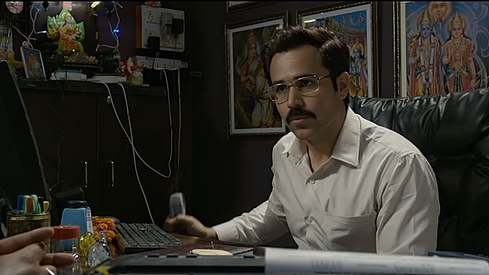 Emraan Hashmi exploits the education system in Cheat India's trailer