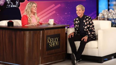 Kelly Clarkson's talk show could take over Ellen DeGeneres' spot if comedian quits