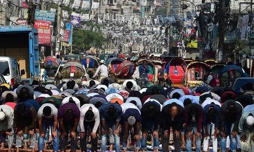 Fresh violence mars Bangladesh election as campaigning ends