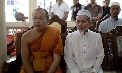 تھائی لینڈ میں کشیدگی کے دوران فائرنگ سے دو راہب ہلاک
