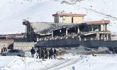 افغانستان میں طالبان کا فوجی اڈے پر حملہ، 12 افراد ہلاک