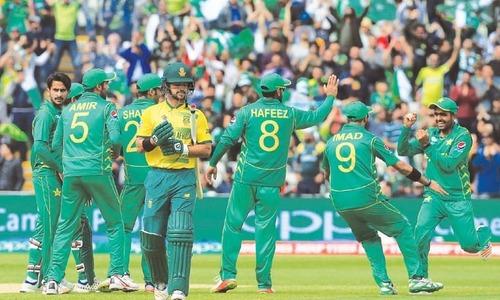 SA aim to bounce back against buoyant Pakistan