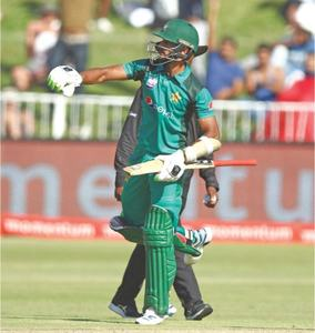 S. Africa beat Pakistan to level ODI series