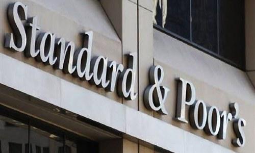 S&P downgrades Pakistan's long-term credit rating