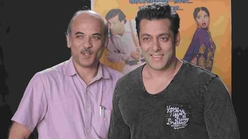 Salman Khan is reuniting with 'Hum Apke Hain Kaun' director Sooraj Barjatya for another family drama