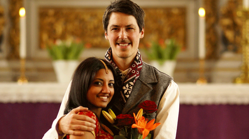 These unconventional Pakistani weddings were full of love in the most unique way