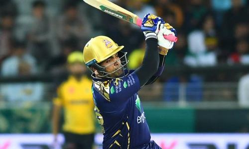 Quetta Gladiators inch close to victory against Peshawar Zalmi with 6 wickets in hand