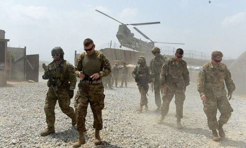 افغانستان میں ایک ہزار امریکی فوجیوں کی کمی کا امکان