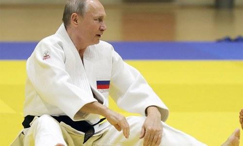 جب ایک خاتون نے روسی صدر کو چت کردیا