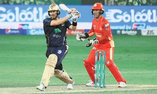 Watson, bowlers star as Quetta drub Islamabad