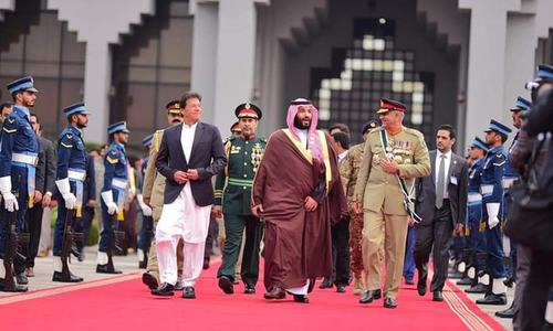 PM Khan, COAS Gen Bajwa see off Saudi crown prince as royal visit comes to an end