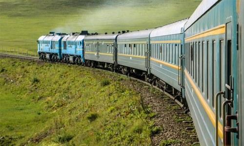 دنیا کا طویل ترین ٹرین کا سفر کس ملک میں ہوتا ہے؟