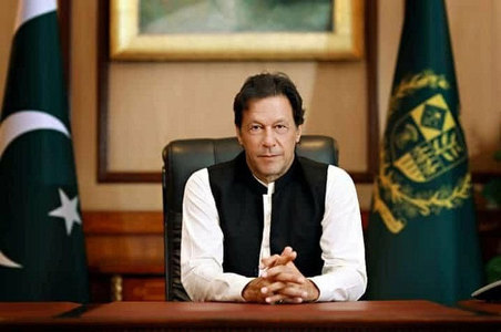 PM Khan addresses nation on Pulwama attack