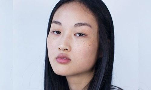 فیشن برانڈ پر چینی خواتین کو بدصورت دکھانے کا الزام
