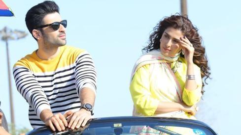 Muneeb Butt and Ayeza Khan will star in upcoming drama Hum Ke Thehre Ajnabi