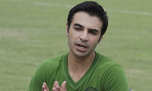محمد حفیظ زخمی: لاہور قلندرز میں سلمان بٹ کی انٹری