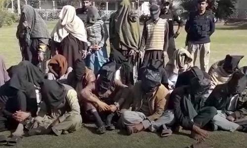 پشاور میں 'آئس فروشوں' کے خلاف کریک ڈاؤن، 77 ملزمان گرفتار