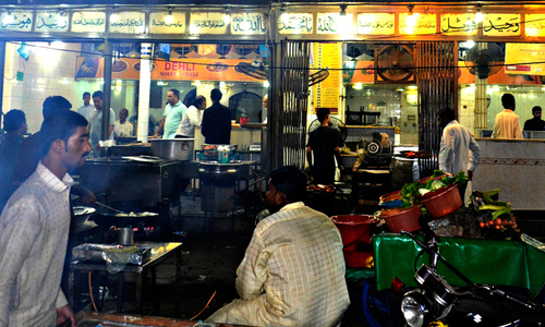 Karachi's Waheed Kabab House sealed by Sindh Food Authority over unsanitary conditions