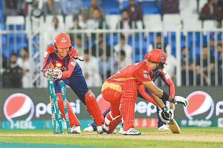 Ronchi, Patel lift United into second place