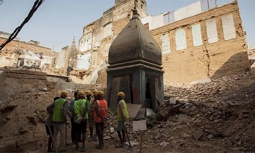India's top court orders mediation in Ayodhya dispute over building a temple where Babri Mosque stood