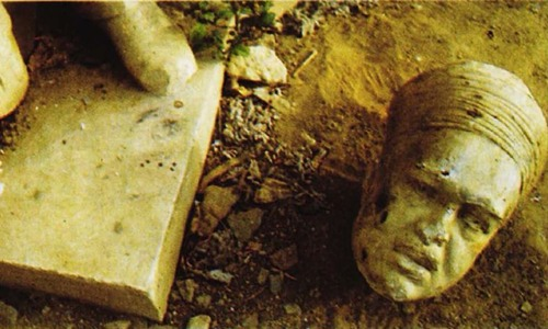 Karachi: The dead statues society