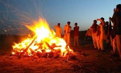 'قصہ 7 خواتین کا جو اپنے شوہروں کی جلتی چتا میں کود پڑیں'