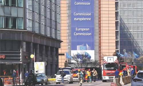 Bomb threat sows panic in Brussels EU quarter