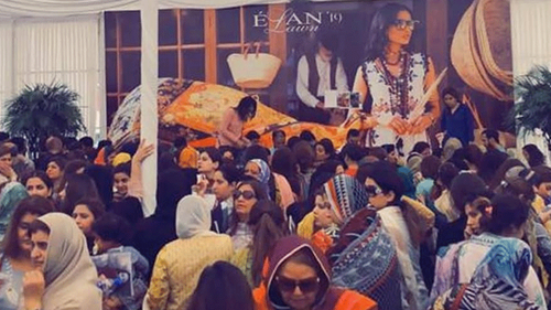 Lawn sale in Lahore causes stampede and property damage