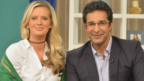 You're proof that dreams come true, Shaniera congratulates Wasim Akram on receiving the Hilal-i-Imtiaz
