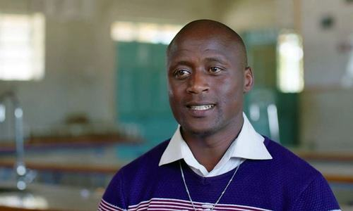 Kenyan who gave earnings to poor wins $1 million teacher prize