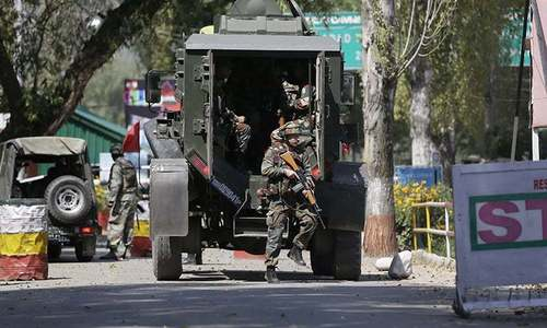 Indian forces arrest 7 civilians amid pre-dawn crackdown in occupied Kashmir's Shopian area