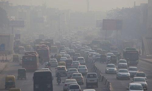 Toxic air exposes rich-poor divide in Delhi