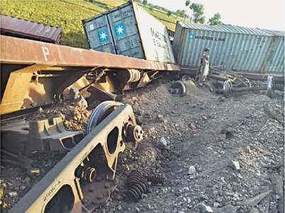 Eight bogies of freight train derail near RYK