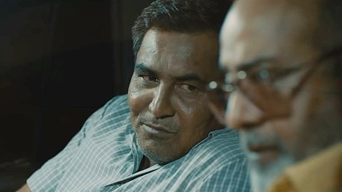 How do you play a corrupt cop and still get an audience to like you? Rashid Farooqi knows