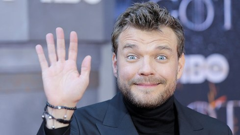 Pilou Asbaek has something to say about Game of Thrones' ending as the gang walks their last red carpet