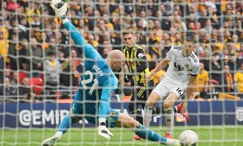 Substitute Deulofeu proves Watford's Cup hero in impressive fightback