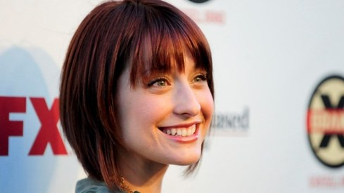Smallville actor Allison Mack pleads guilty in sex trafficking case