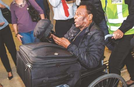 Pele back in Brazil after surgery in France