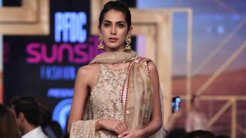 Sania Maskatiya and Zara Shahjahan steal the show on PSFW Day1