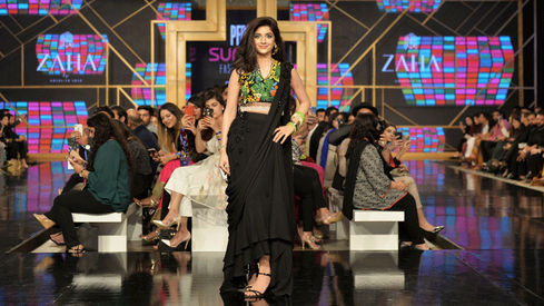 Zaha by Khadijah Shah makes a strong case for prints on PSFW Day 3