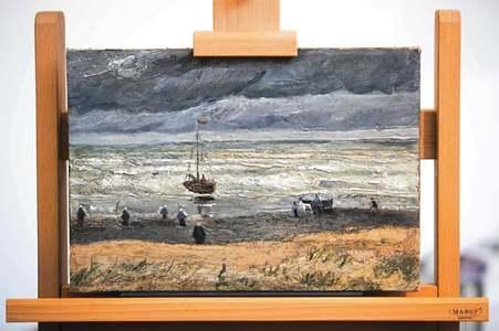 Stolen Van Gogh masterpieces due back on display