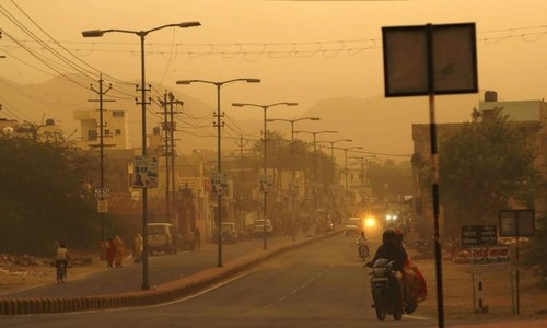 Dust storm, lightning and rain kill 35 in India