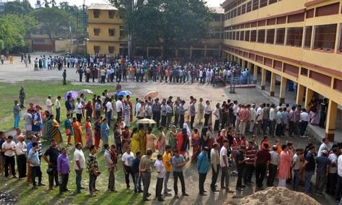 بھارتی انتخابات کا دوسرا مرحلہ ختم، 12 ریاستوں کی 95 نشستوں پر پولنگ